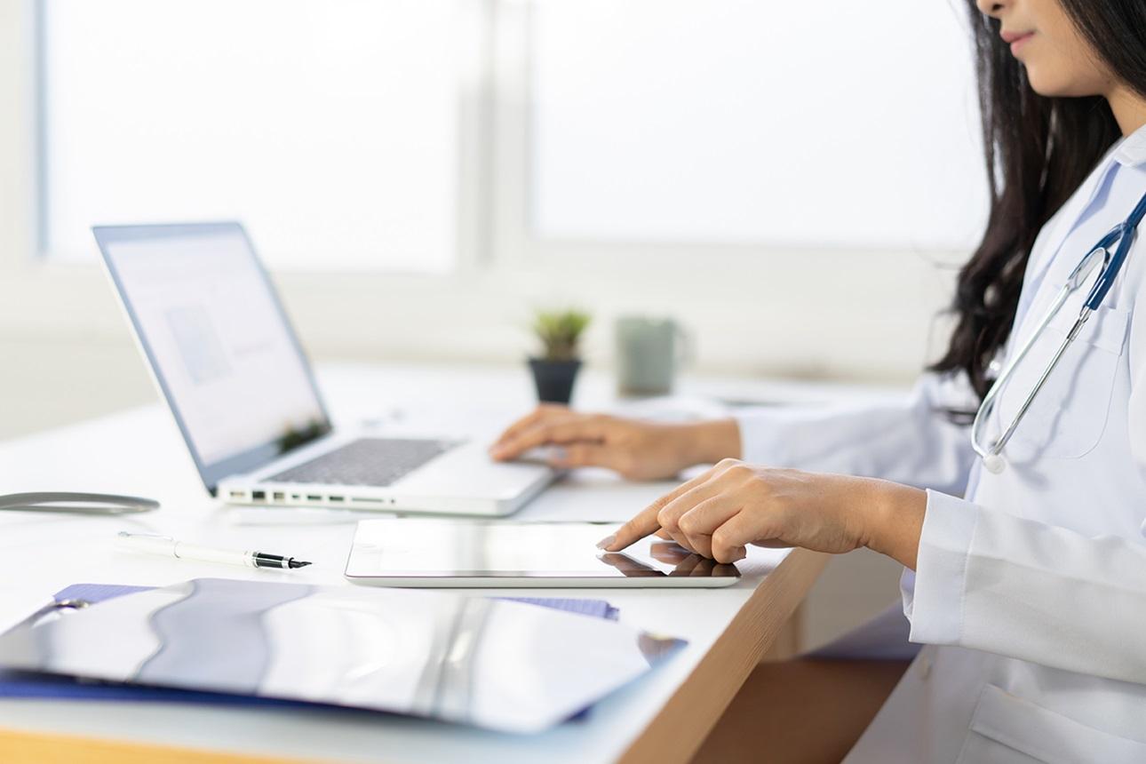 Healthcare worker on Laptop
